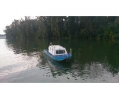 Aluminijumski čamac sa kabinom